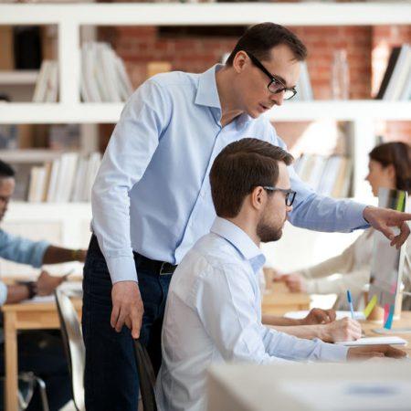 Kunsten at gå fra medarbejder til leder