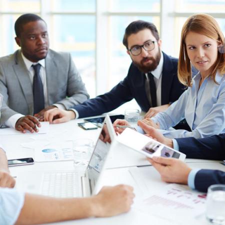 Sådan holder du effektive og gode møder som leder